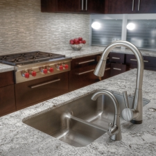 Kitchen glass backsplash granite tops