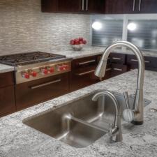 Kitchen glass backsplash granite tops